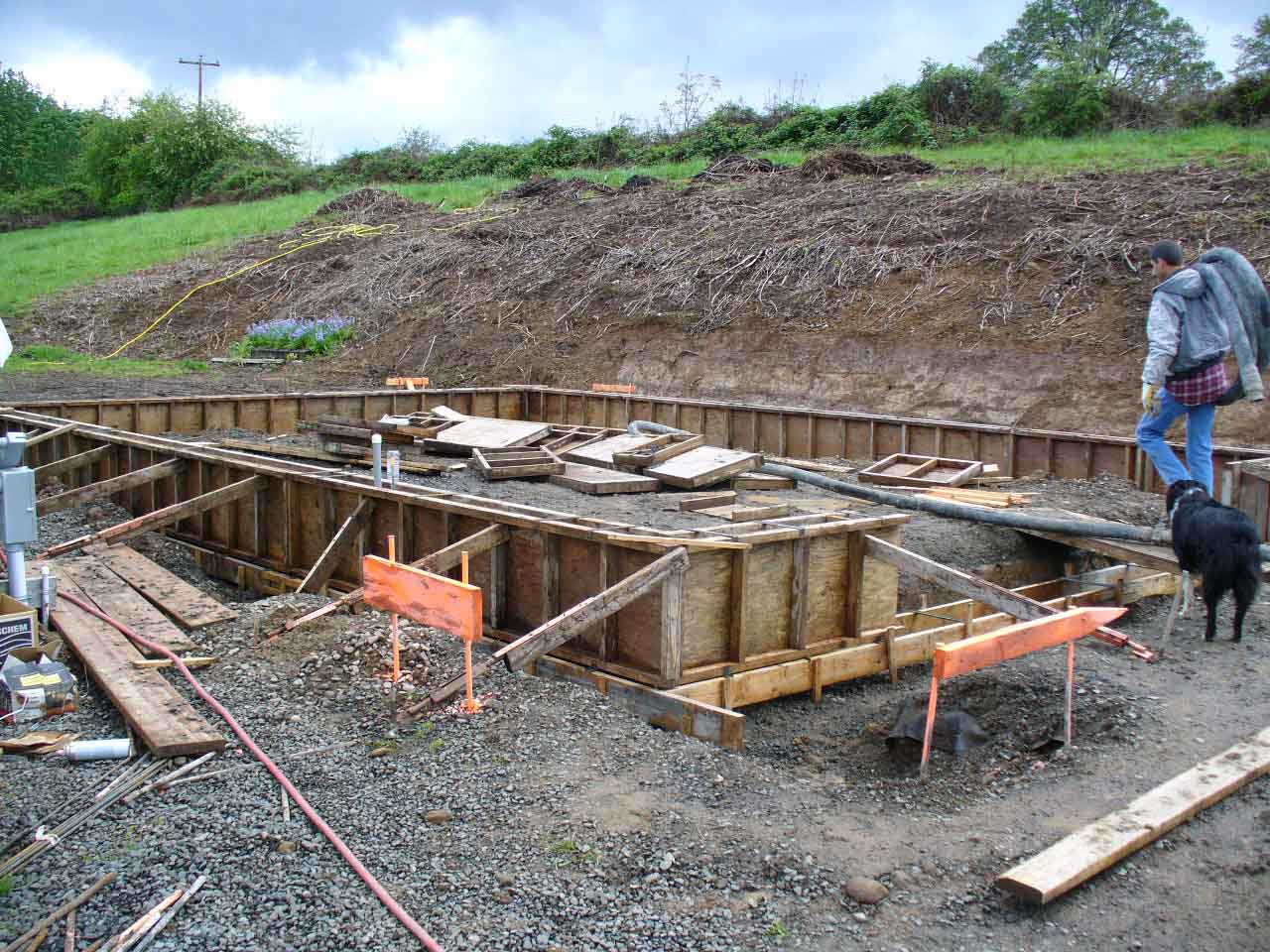 Foundation concrete forming