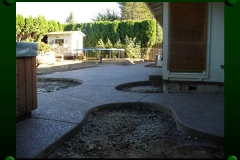 Exposed aggragate patio with hot tub