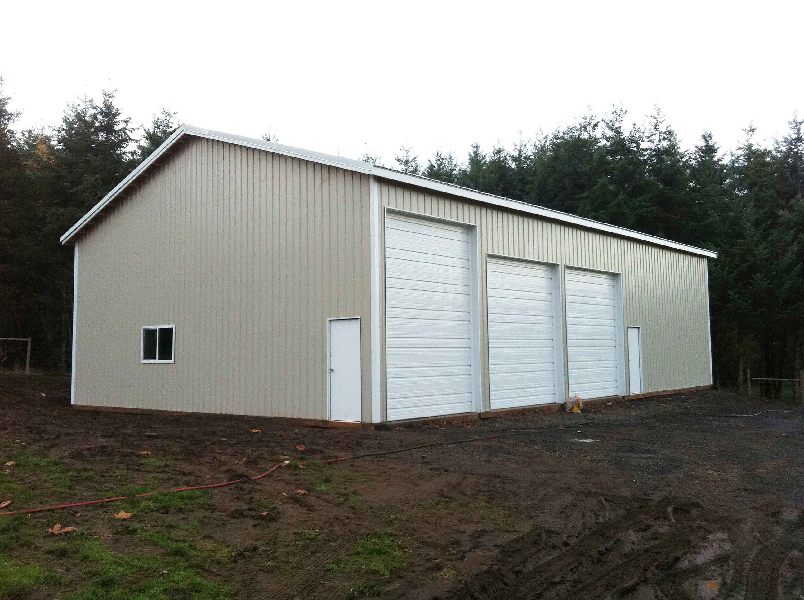 40'x60'x16' shop in country
