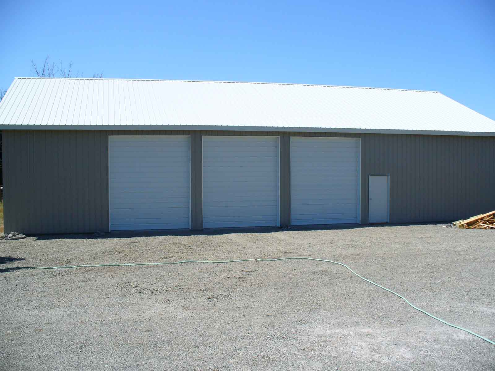 72'x48'x16' with 14' high overhead doors