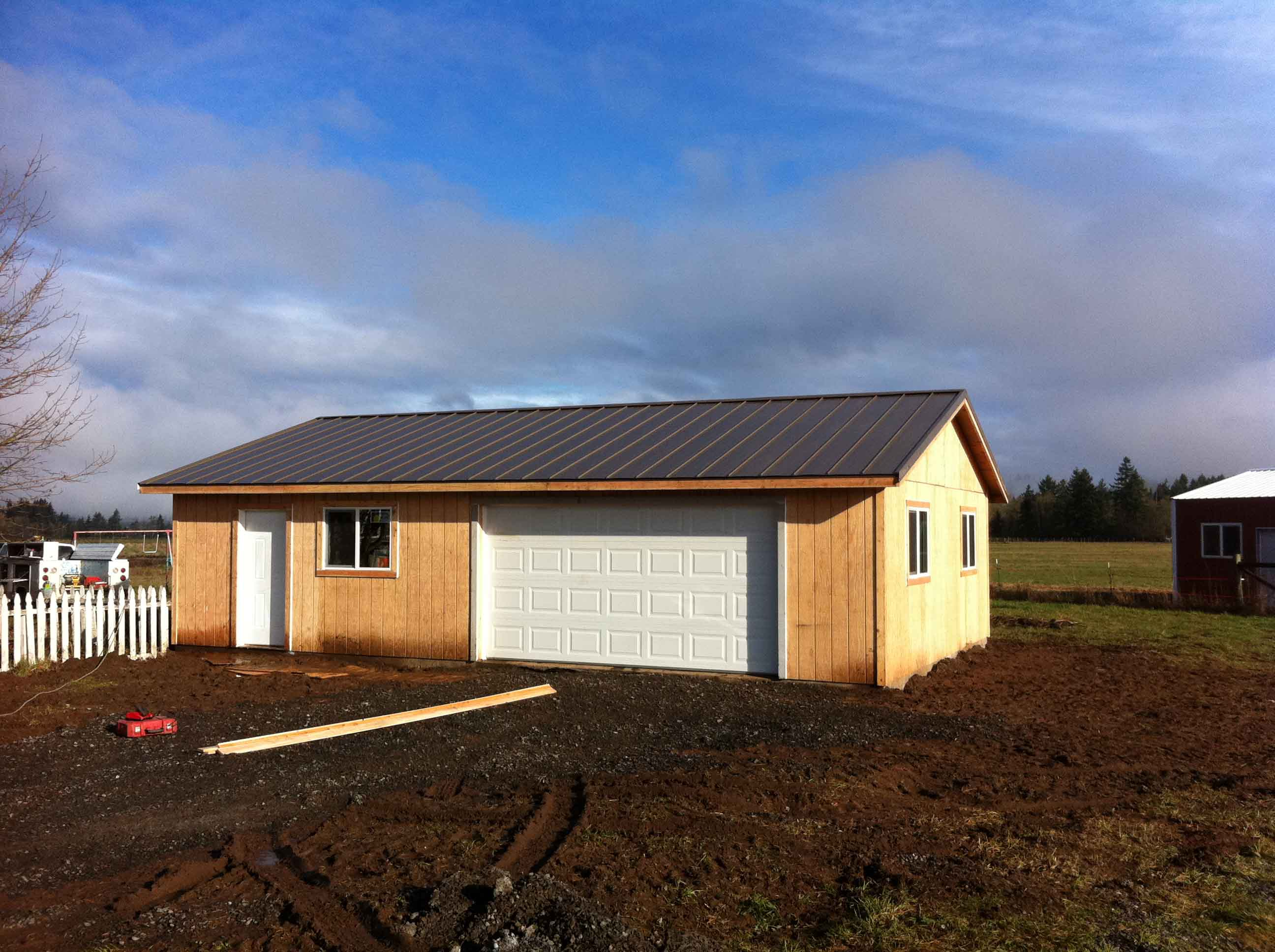 Garage with comp roofing