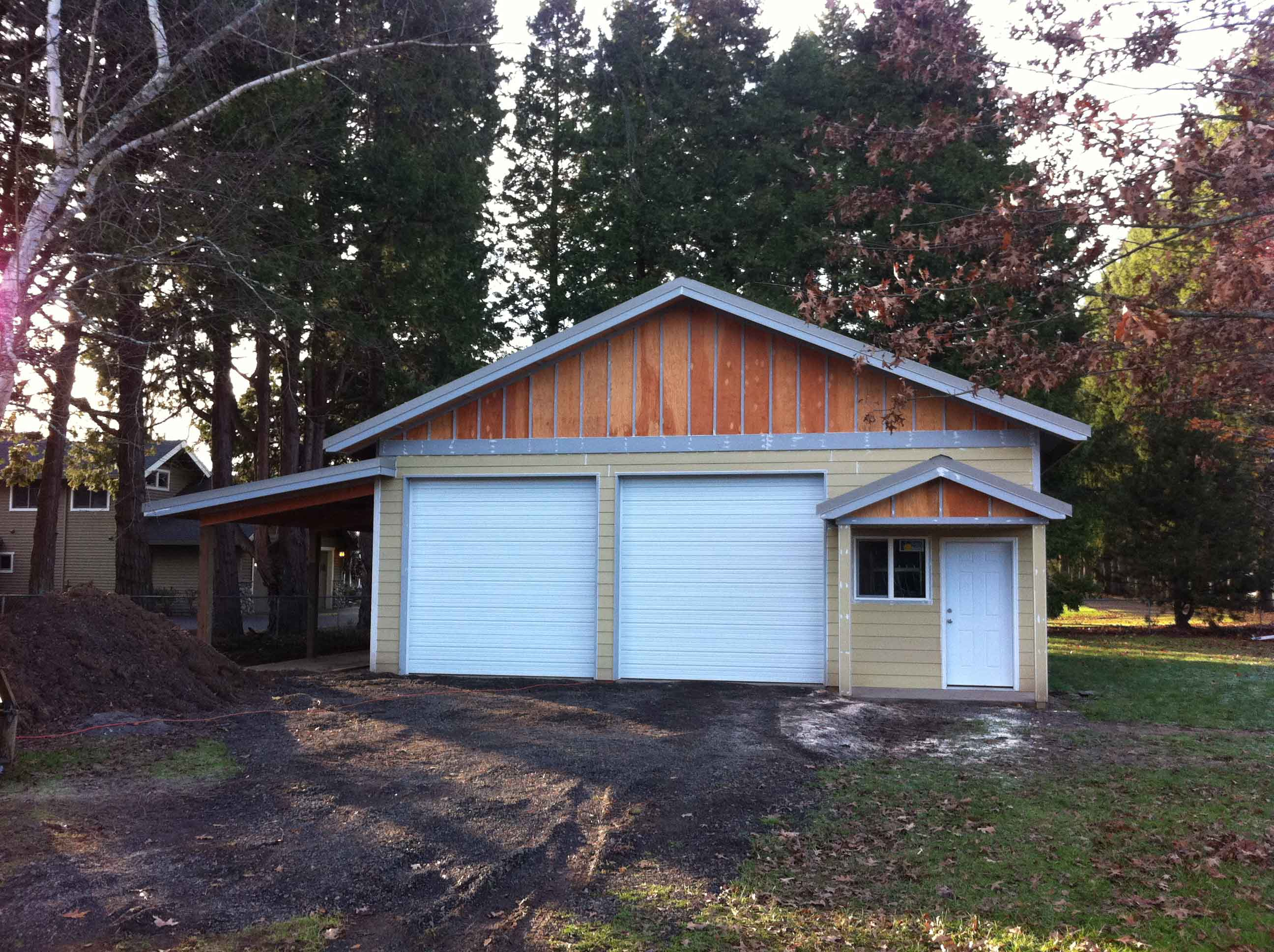 Nice shop with lap siding and board and batt