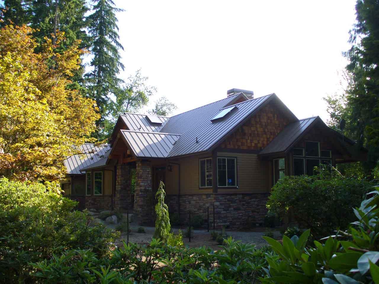 Custo Loc-Seam roofing