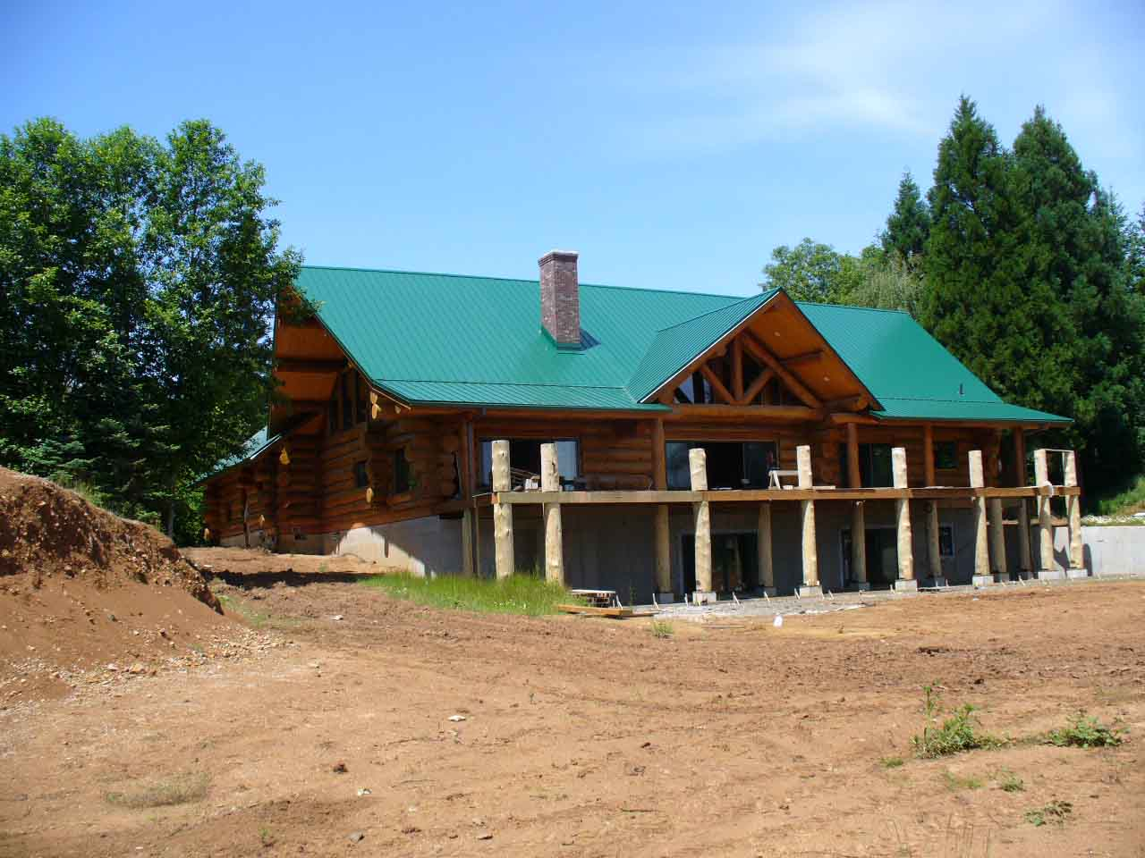 Loc- Seam roof on large 10,000 sq. ft. log cabin