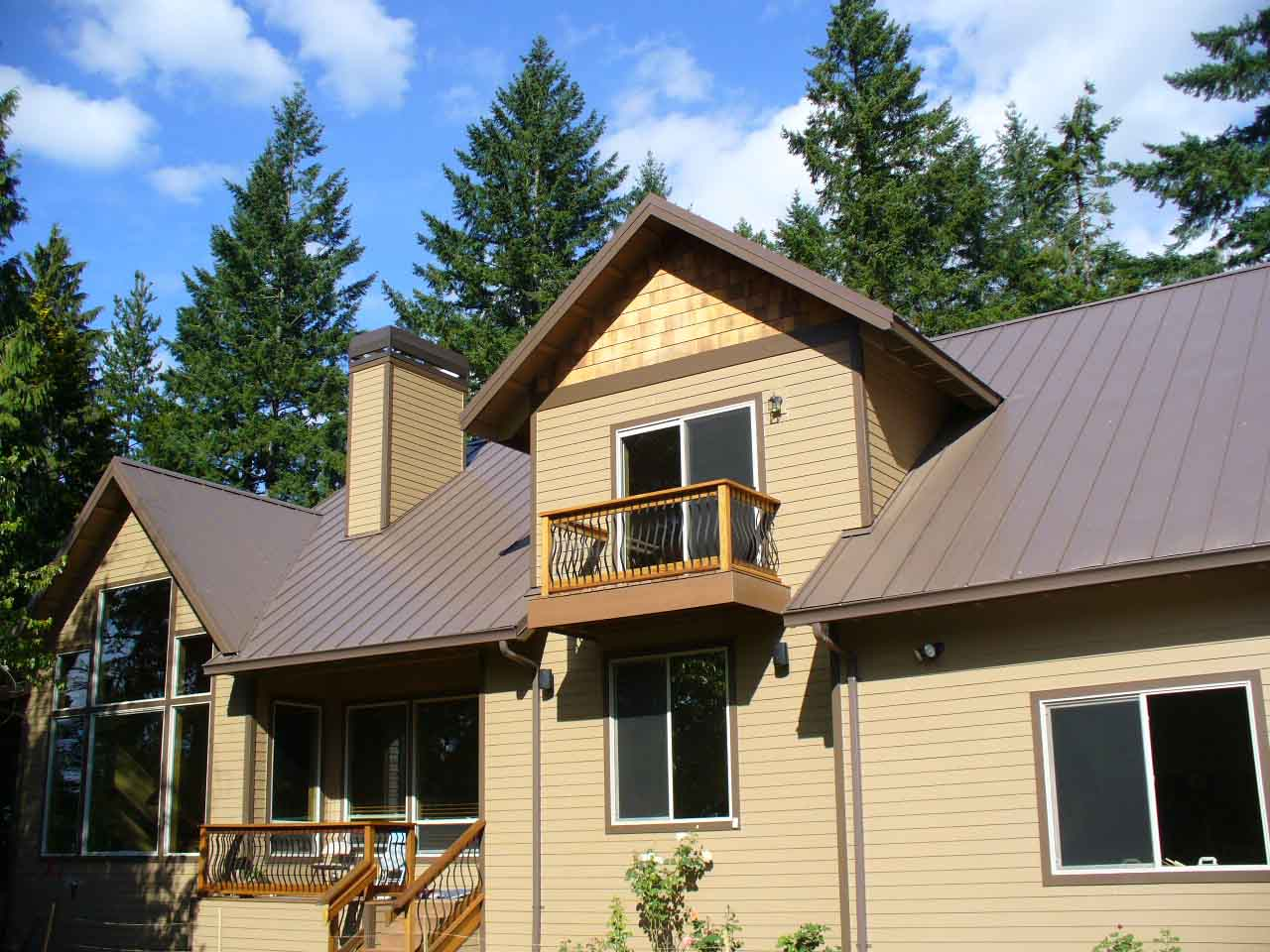 Loc-seam roof. 40 year warrinty